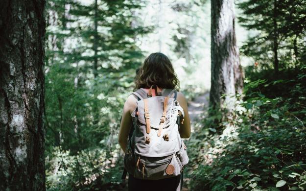 Turista Responsable Cuida Medio Ambiente